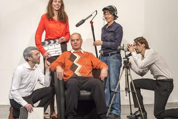 Loriot2 (Lottogewinner) mit v.l. Marc Neumeister, Anke Windgassen, Hugo Boecker, Marika Kotulla und Aaron Heiß. Foto: AWi