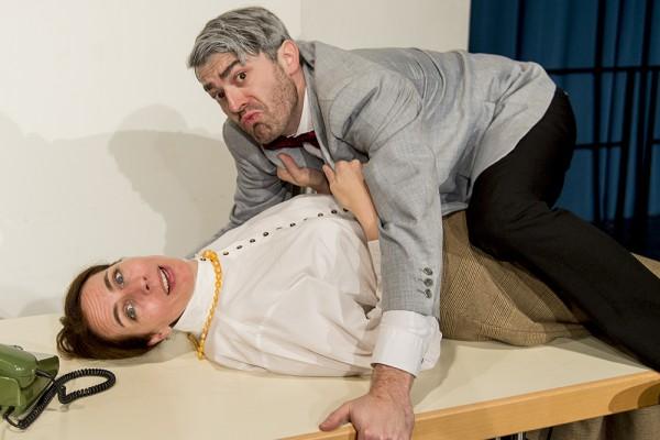 Loriot 2 (Liebe im Büro) mit Anke Windgassen und Marc Neumeister. Foto: AWI