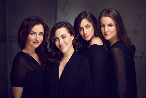 Les Brünettes, Four Voices, A Cappella, Quartett, Juliette Brousset, Stephanie Neigel, Julia Pellegrini, Lisa Herbolzheimer