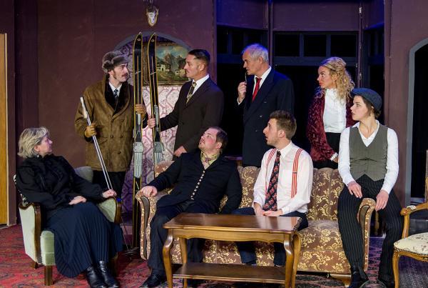 "Szenenbild aus ""Die Mausefalle"". Foto: LEO Theater"